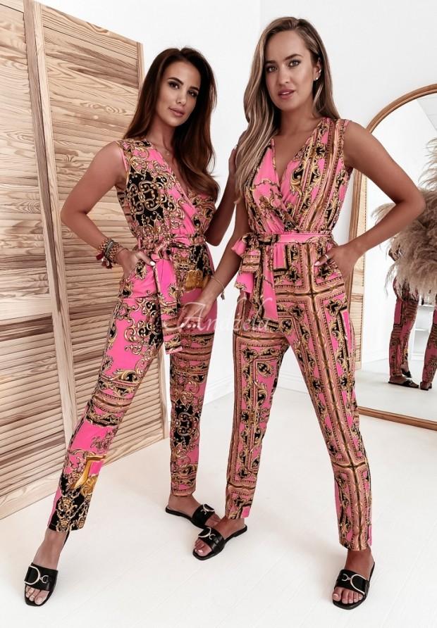 Kombinezon Versus Borneo Pink