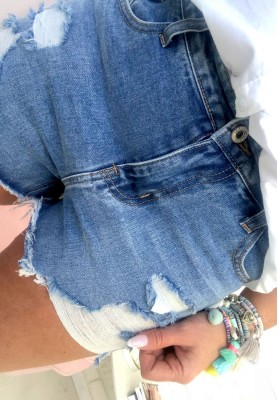 3327 Shorty Love Jeans