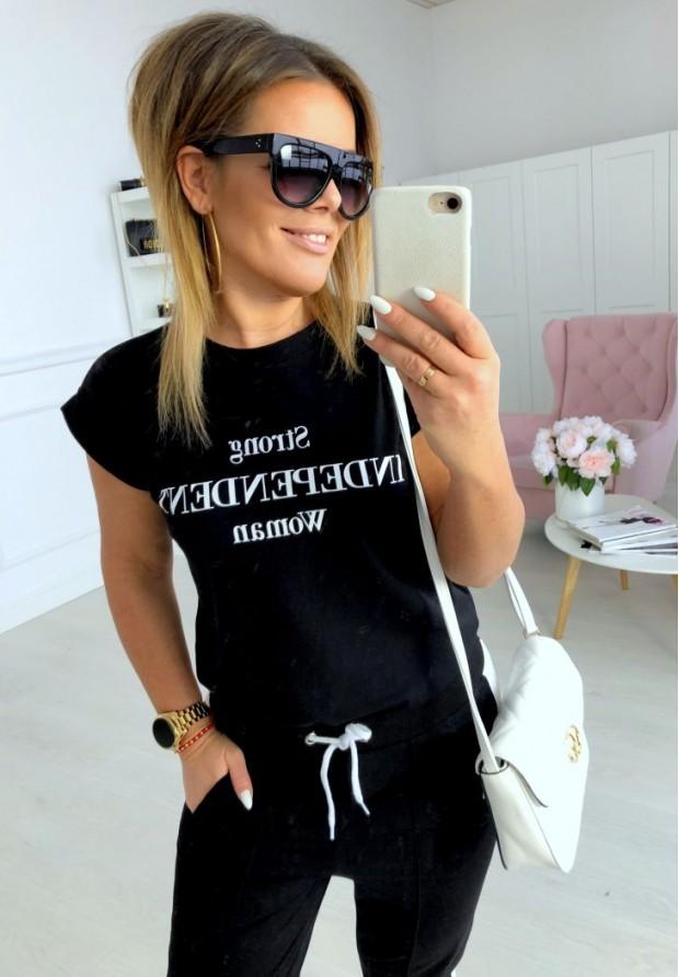 T-shirt Strong Black